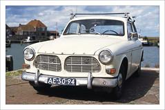Vintage Volvo (macfred64) Tags: film analog 35mm 135 slidefilm diapositive fujiprovia100f transparency nikonf4 nikkoraf3570mmf28 volvo vintagecar volvoamazon