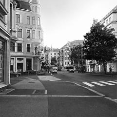 Frogner Oslo (C.Bry@nt) Tags: hipstamatic norge norway noruega norsk norske norwegian nordic scandinavian skandinavia akershus oslo street calle gata gate arquitectura architecture