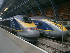 373212 and 374011 @ London St Pancras International (ianjpoole) Tags: eurostar 373212 374011 working train 9i41 bruxelles midi london st pancras interational 9o40 international paris nord