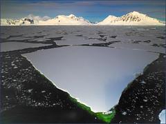 P3059352e2 MF fr (David W Geddes) Tags: icefloe antarctica brash 68degsouth