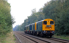 20205 + 20189 + D8188 + D8059 (Andrew Edkins) Tags: class20 convoy 20205 20189 d8188 d8059 choppers canon suttonpark streetlygate railwayphotography england uk diesel heritage severnvalleyrailway geotagged autumn trees september 2016