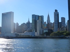 Around New York: Roosevelt Island, Sep. 2016 (yapima1) Tags: newyork rooseveltisland unitednations skyline cityview eastriver