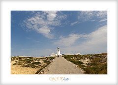 El faro del cabo cavallera (SergioR&P) Tags: sky lighthouse white green blanco azul clouds landscape faro cabo camino paisaje cielo nubes menorca illesbalears islasbaleares nikond90 tamron1024