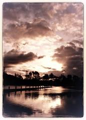 Zonnenopgang (philwirks) Tags: holland sunrise picnik 08 valkenburg flickrduel