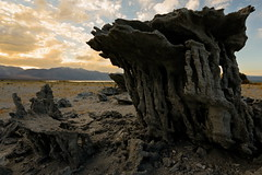 Sand Tufa at Navy Beach (Tōn) Tags: california lake nature clouds landscape unitedstates monolake sierranevada easternsierras leevining navybeach sandtufa tonyvanlecom