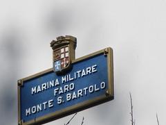 Faro del Monte San Bartolo - Pesaro 14 ottobre 2012 (cepatri55) Tags: lighthouse faro pesaro 2012 fari sanbartolo cepatri cepatri55