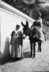 Ett barn p en sna (Tekniska museet) Tags: capri tekniskamuseet sna drottningvictoria victoriaavbaden
