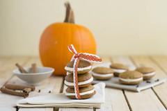 Whoopie pies de calabaza con crema de queso (Roco (roxmh)) Tags: orange pumpkin cinnamon calabaza naranja canela whoopiepies recetas receipes