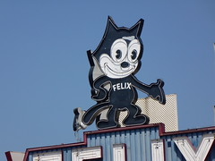 Los Angeles, CA Felix Chevrolet neon sign (army.arch) Tags: california ca chevrolet sign losangeles neon felix felixthecat