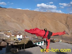 Eric Lon yoga at Demul (24) (Eric Lon) Tags: india cold yoga energy dynamic tibet heat practice souffle himalaya breathe froid warming spiti breathing inde tibetain himalayen chaleur activate respiration ericlon rechauffer demul acriver