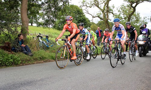 The breakaway climbing into Alstonfield.