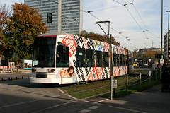 Rheinbahn 2115 [Dusseldorf tram] (Howard_Pulling) Tags: canon germany deutschland photo october photos transport picture tram german dusseldorf trams verkehr 2009 strassenbahn rheinbahn 400d hpulling howardpulling