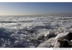 kruiend ijs urk 3 (raymondklaassen) Tags: winter flevoland ijsselmeer januari urk ijs vorst dooi kruiendijs ijsvlakte