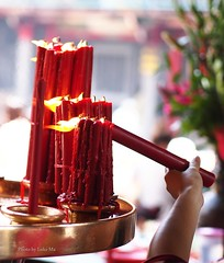 Candle for praying, LongShan Temple, Taipei, Taiwan (Luke,Ma) Tags: digital temple four long candle buddha buddhist pray praying taiwan buddhism olympus 45 m f micro stick taipei shan f18 18   tao  joss 45mm longshan 43 omd taoism thirds pious     m43   greatphotographers   mzd   45mmf18 em5 4518  xingtian flickraward   45mm18  mzuiko flickrtravelaward 45f18 ewm4518