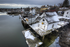 Snow in the South End [Explored] (Eric Gendron Photography) Tags: morning winter cloud snow cold water canon river season dawn coast town dock scenery downtown december crane south shed scenic newengland newhampshire wideangle nh calm coastal end portsmouth nautical bouy southend hdr bait seacoast piscataqua photomatix t2i