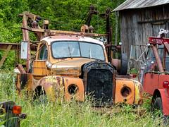 Tom's Mack B-65 Tow Truck (J Wells S) Tags: mackb65towtruck thermodyne rust rusty crusty abandoned holmestwinboom tomrohrich historictruck vintagetruck batavia ohio mikestowingrecovery aths americantruckhistoricalsociety wrecker vintagewrecker historicwrecker bmodelmacktruck