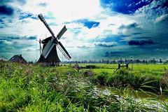 Sebaldeburen, De Eendracht (antje whv) Tags: mhleninholland molen mills holland netherlands wolken clouds sebaldeburen