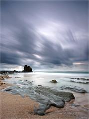 Cte basque (guillaumez.wix.com/photographie) Tags: oceanscape ocean basque cotebasque atlantique poselongue longexposure longexposureshot filtre nd nd1000 bigstopper plage beach rocks rock clouds fil