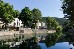 Un aprs midi  Lunas (J-e-Y) Tags: lunas village nature herault france riviere river midi reflet south arbre tree