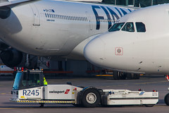 OH-LVC (Cthulhus Wolves) Tags: finland airport finnair airbus vehicle pushback helsinkivantaa swissport efhk 319112 ohlvc r245