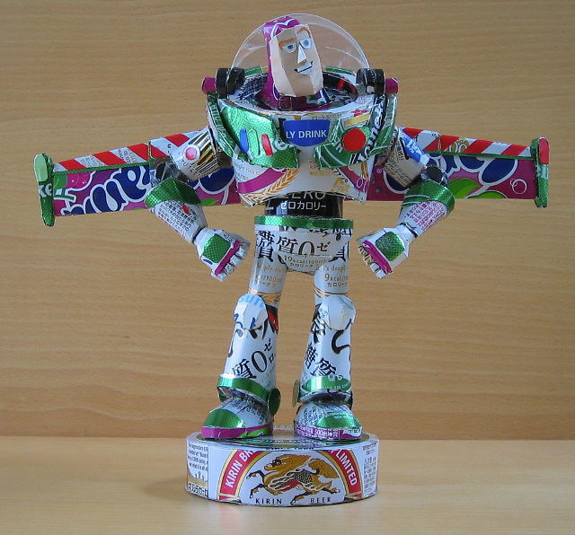 用鋁罐打造的超級英雄與知名角色!