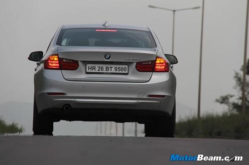 2012-BMW-320d-F30-11
