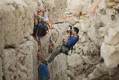 Stephen Alvarez (ICPNA.Oficial) Tags: selfportrait arabia cave oman stephenalvarez alv01089 mm6861