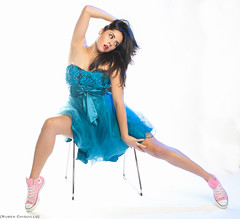Marilyn Bautista (Ruben Chiquillo) Tags: pink blue sexy girl azul marilyn pose studio mom photography model chair dress photoshoot femme rosa mama lips modelo converse hispanic latina fotografia vestido strobe promp strobist photographyphoto modelomodeltexasaustin marilynbautista