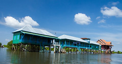 Elementary school on stilts (yofeeltheflow) Tags: asia cambodia tonlesap kompongphhluk floatingvillages