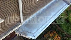 """Dakdekker: Oude lagen dakbedekking gesloopt. De erker voorzien van zinken dak bekleding die ter plaatsen op maat wordt gemonteerd. Grof zetwerk wordt gezet door zetterij Zinkunie na het inlezen van onze """"exacte"""" tekeningen"""