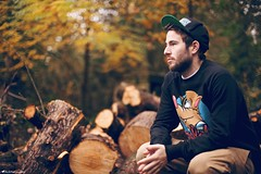 Alex (Rick Nunn) Tags: street autumn wedding london fall alex hat leaves fashion beard hands details logs rick wear change nunn crouch streetwear lookbook canonef50mmf14usm strobist anyforty