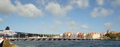 Willemstad, Curacao (Stabbur's Master) Tags: bridge pontoonbridge floatingbridge curacao willemstad queenemmabridge dutcharchitecture dutchcolonial dutchcaribbean handelskade stannabay ourswingingoldlady