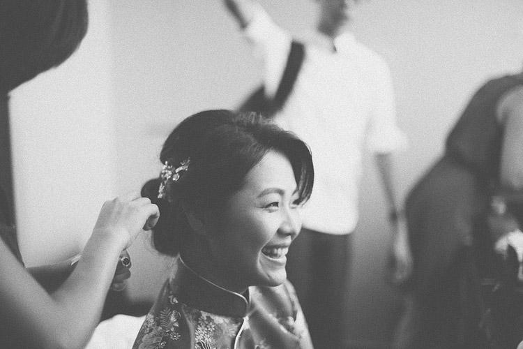 婚禮攝影-新娘開心笑