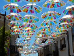 Agitgueda (Cmxi24) Tags: agueda agitagueda umbrella paraguas umbrellasky streetart