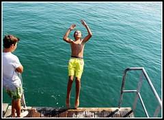 Concours de plongeon ! (Les photos de LN) Tags: concours plongeon ocanatlantique le noirmoutier vende baignade enfant vacances t jete jeux plage