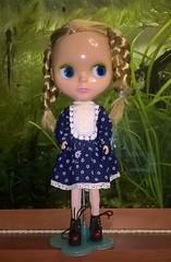 Мо в платье от Ханон