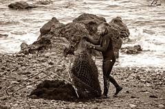 Recolectores de ocle 3 (Fran Roso) Tags: asturias luanco ocle algas recolectores mar cantbrico gozn