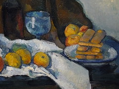 CEZANNE,1877-79 - Le Buffet - Still Life, The Buffet (Budapest) - Detail -e (L'art au prsent) Tags: art painter details dtail dtails detalles painting paintings peinture peintures 19th 19e peinture19e 19thcenturypaintings 19thcentury detailsofpainting detailsofpaintings tableaux paulczanne paulcezanne cezanne czanne stilllife naturemorte budapest hongrie hungary citrons citron lemon lemons orange oranges nappe nappeblanche whitecloth chiffon cloth bleu blue tasse cup sucrier sugarbowl buffet knife fruit food pomme apple apples glass verre dessert biscuits