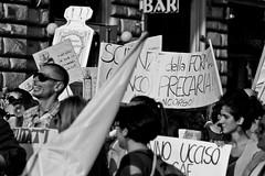 Precariato #7 (IronTuna) Tags: roma canon gente pace colori precari cori scuola bandiere manifestazione passeggiata camminare 550d sindacati canonefs55250mmf456is canoneos550d