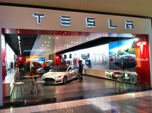Tesla Motors - Portland Oregon by Wesley Fryer, on Flickr