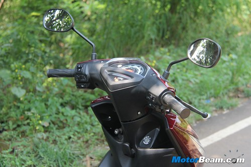 2012-Yamaha-Ray-21