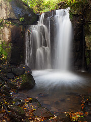 Lumsdale Falls (Paul Newcombe) Tags: uk longexposure autumn trees water leaves river landscape waterfall october britain derbyshire peakdistrict peaks canon1740lf4 polarider nearmatloack