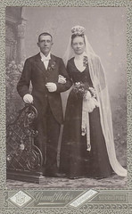 Ernst and Elin Nystrm (DameBoudicca) Tags: old wedding portrait vintage bride sweden retrato schweden boda portrt sverige hochzeit ritratto norrkping bryllup brud suecia novia nozze noces novio brllop heirat sude braut svezia brutigam portrtt brudgom brudgum hjljungqvist hjalmarljungqvist ernstnystrm elinnystrm