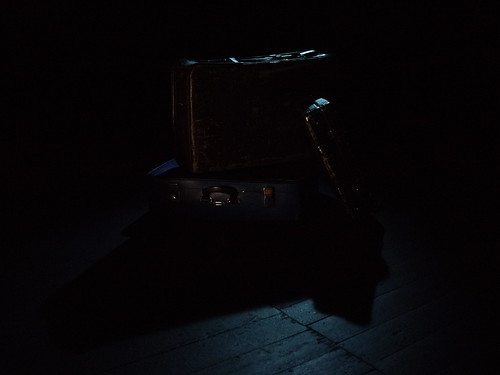 """Suitcase • <a style=""""font-size:0.8em;"""" href=""""http://www.flickr.com/photos/83986917@N04/8096545149/"""" target=""""_blank"""">View on Flickr</a>"""