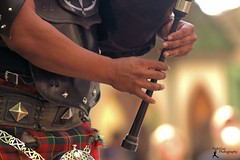 Piper at work (FightGuy Photography) Tags: outdoor maryland naturallight bagpiper rennfest marylandrenaissancefestival rennfaire bagpipe mdrf rennissancefestival fightguy fightguyphotography cudubh