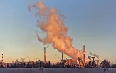 speranze andate in fumo (invitojazz) Tags: industry sunrise nikon iron italia alba steel pollution uncool industria puglia taranto ilva inquinamento d90 siderurgico uncool3 uncool4 uncool5 uncool6 uncool7 invitojazz vitopaladini uncool2forsomeone
