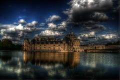 Chantilly's Castle n°2 (sergio.pereira.gonzalez) Tags: color colour castle chateau castillo hdr couleur chantilly photomatix tonemapping canon400d sergiopereiragonzalez httpfocale3fr