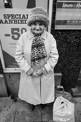 (wim nuytens) Tags: street people white black candid sony 16 50 pz powerzoom nex6