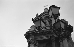 Catania, Piazza Carlo Alberto, dettagli... (Mirko Chessari) Tags: blackandwhite church architecture 35mm analogphotography catania biancoenero filmphotography analoguephotography fomafomapan film:iso=100 anagogic epsonperfectionv500photo nikonnikkorh50mmf2 fomafomadonlqn film:brand=foma developer:brand=foma film:name=fomafomapan100 developer:name=fomafomadonlqn filmdev:recipe=8189