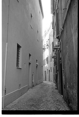 Rome September 2012 (pichak1) Tags: trix leicam6 carlzeiss cbiogont2835 romesstreet2012